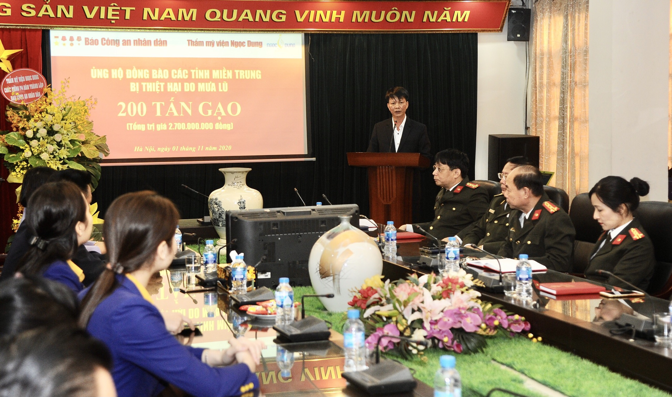 Phó Tổng Giám đốc Công ty TNHH TMV Ngọc Dung Bùi Văn Tiến phát biểu tại buổi lễ.